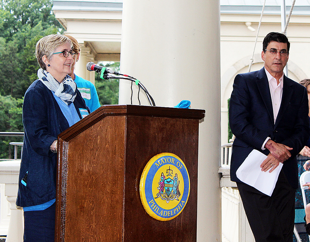 Philadelphia Water Commissioner Debra McCarty and City of Philadelphia Managing Director Michael DiBerardinis (right) announce that Philadelphia more than doubled five-year pollution reduction targets. Credit: Brian Rademaekers/Philadelphia Water