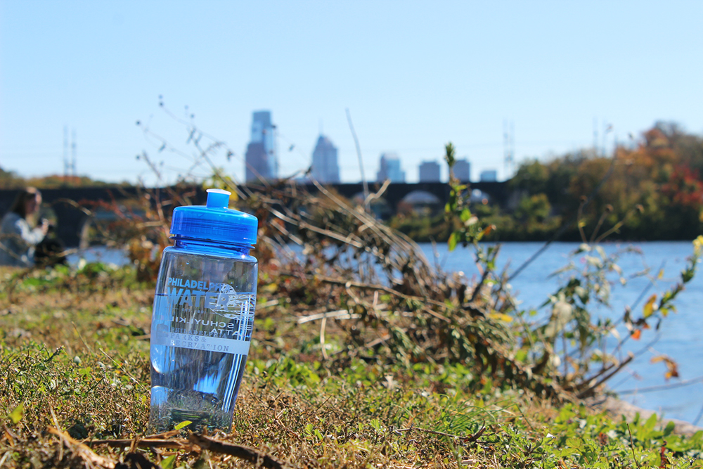Philadelphia Water and Head of the Schuylkill Regatta teamed up to give away 12,000 reusable bottles Oct. 24-25. It's part of a new effort to encourage people to save money with tap water and fight litter with refillable bottles. Credit: Philadelphia Water/Brian Rademaekers