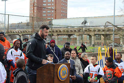 Connor Barwin joined partners in South Philadelphia to announce major improvements at the Smith Recreation Center, including Green City, Clean Waters investments that will protect local waterways. Credit: PWD